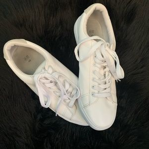H&M faux leather sneakers. Size 40